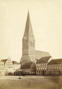 Kirche St. Nikolai in Anklam (de.wikipedia, Gemeinfrei, https://commons.wikimedia.org/w/index.php?curid=4884692)